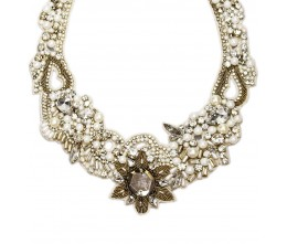 Vintage-style Pearl Necklace